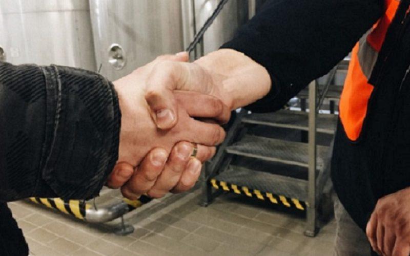 https://fivestarmech.com/wp-content/uploads/2020/06/handshake-800x500.jpg